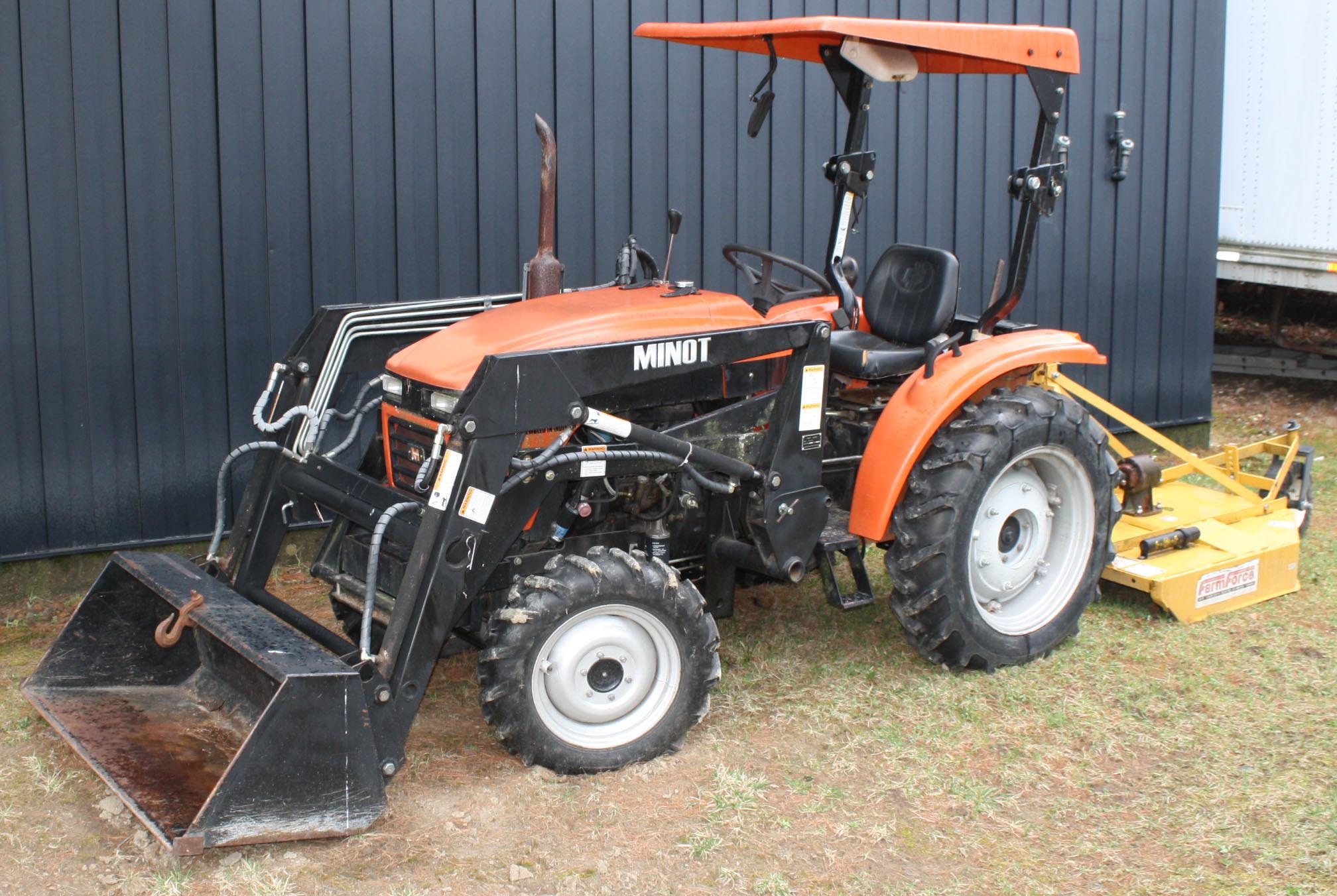 minot tractor