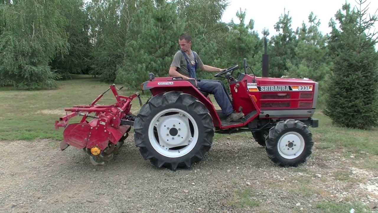 Shibaura D23F Japanese compact tractor at the Kelet-Agro ...