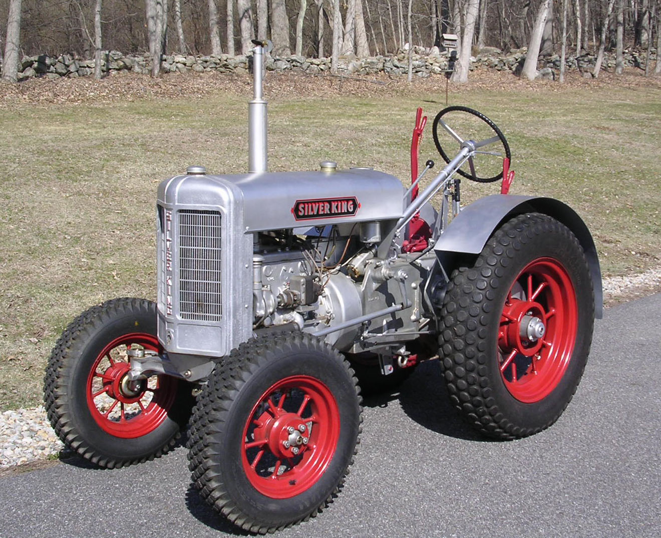 RESTORATION OF A 1935 SILVER KING TRACTOR