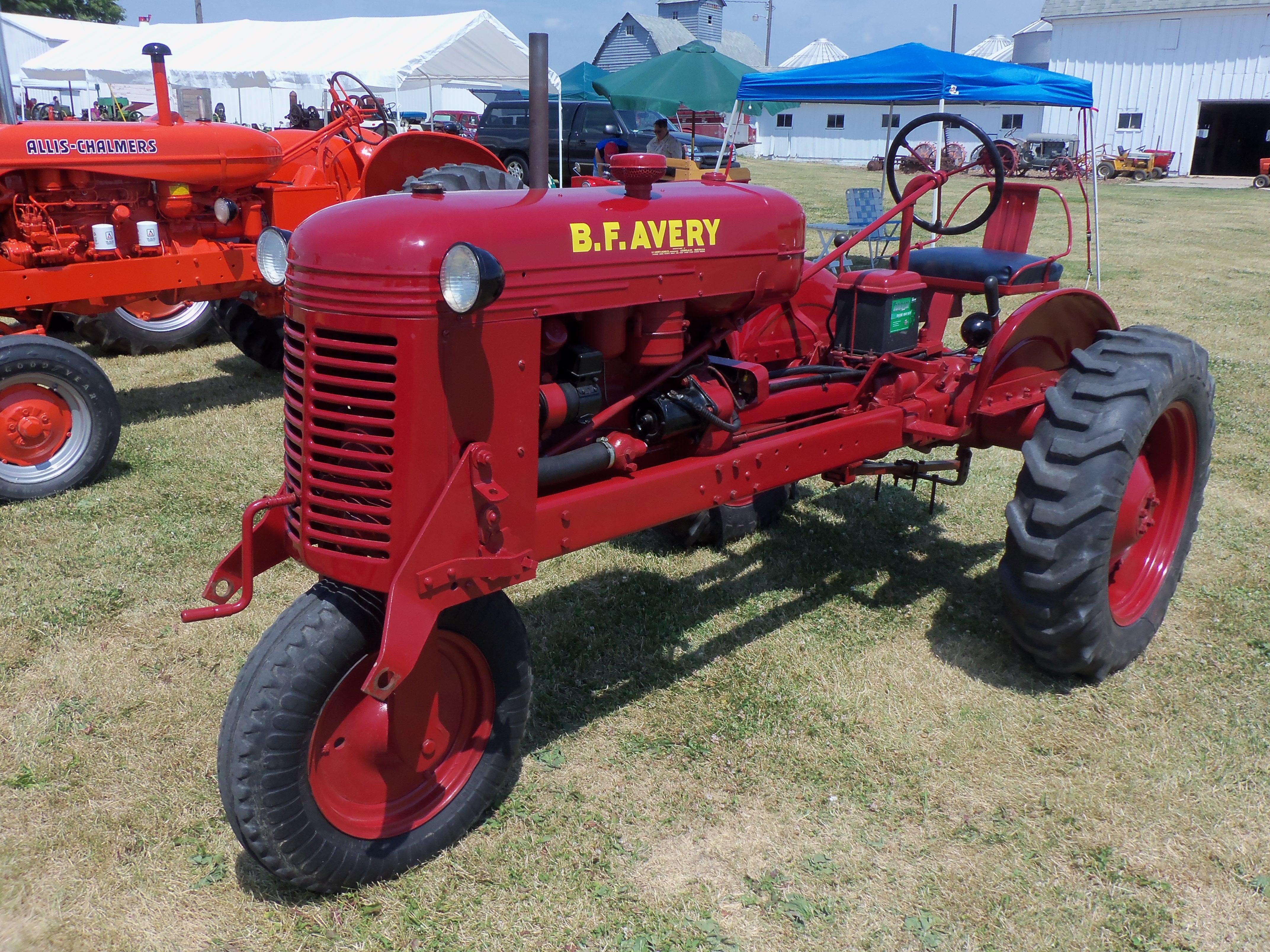 avery farm tractors