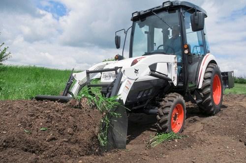 BOBCAT CT 335 Tractors Specification