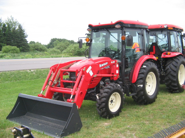 West Coast Farm Service Is One Of The Leading Providers In Tractor ...