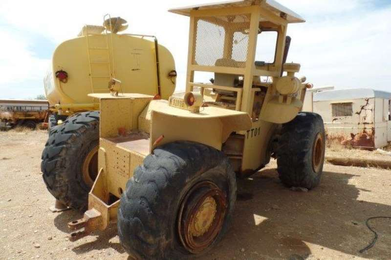 1990 Other Cameco 405 P/S Tractor Tractors Farm Equipment for sale in ...