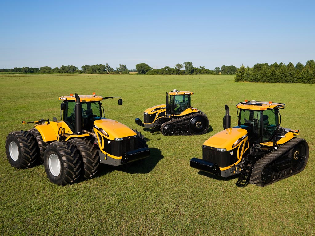 caterpillar farm tractors