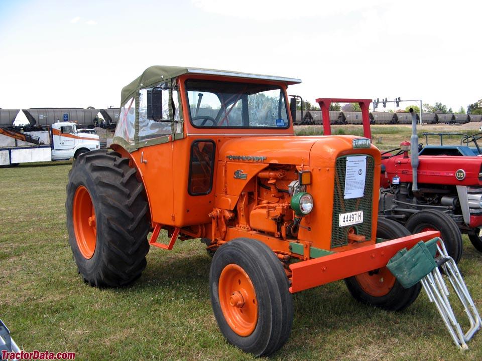 chamberlain farm tractors