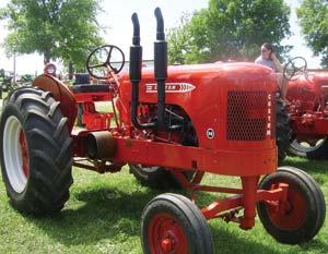 custom farm tractors