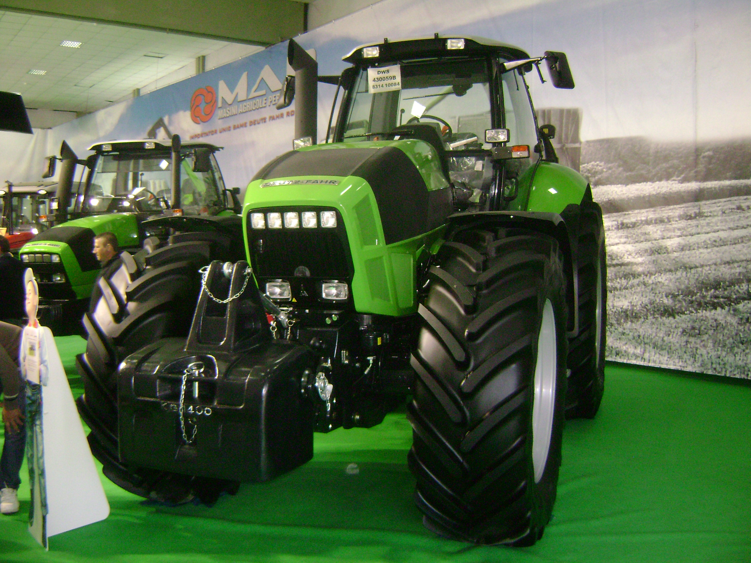 File:Deutz-Fahr Agrotron X Series Tractor at IndAgra Farm Romexpo 2010 ...