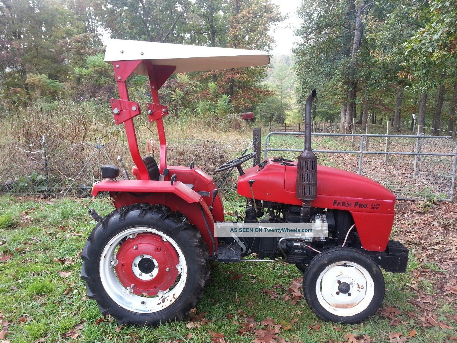 Farm Pro 2420 Tractor Tractors photo