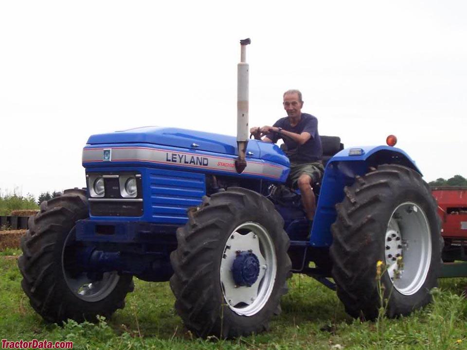 leyland farm tractors