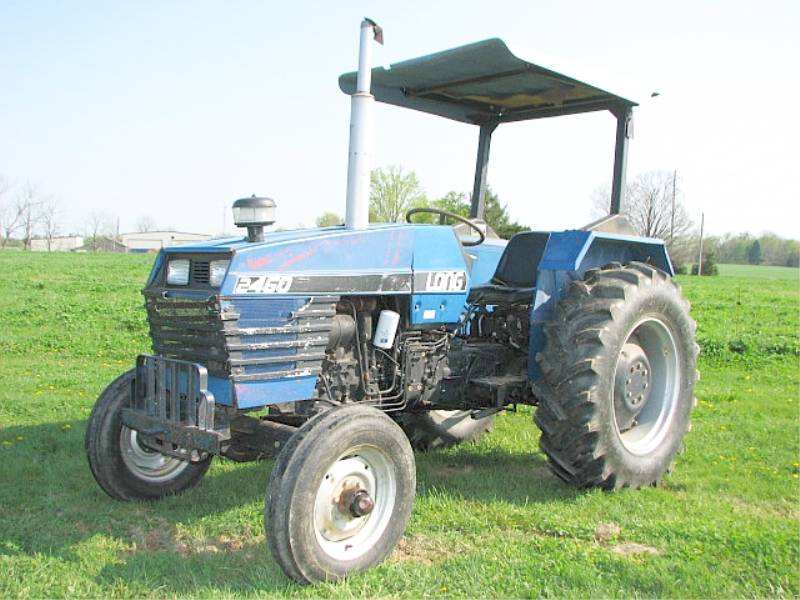 Lot # : 634 - LONG 2052 FARM TRACTOR