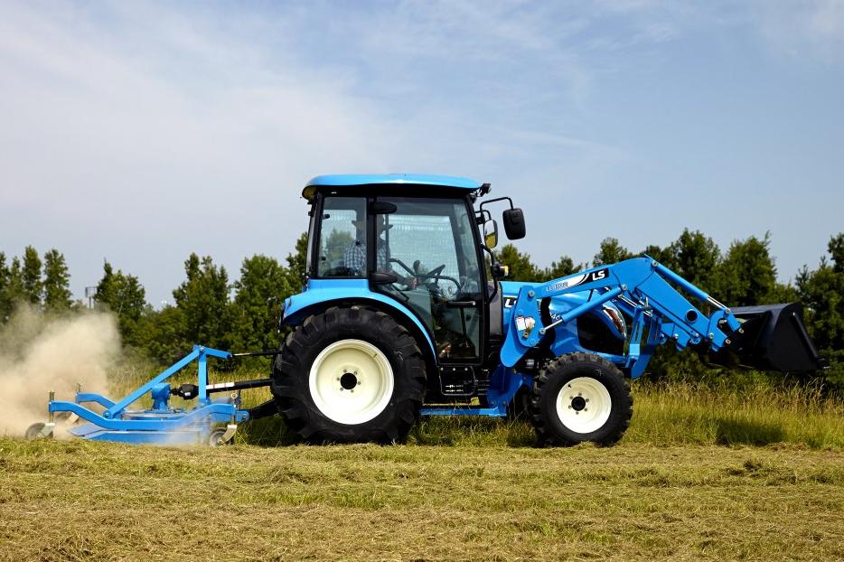 ls farm tractors