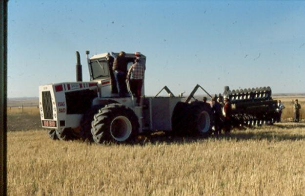 64 big bud option 1 big bud 740 the big bud 740 was the worlds ...