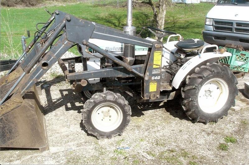 Bolens G174 diesel 4wd - 18 hp utility tractor: