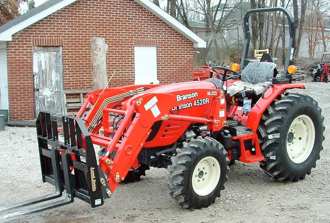 Branson 4520R - Tractor & Construction Plant Wiki - The classic ...