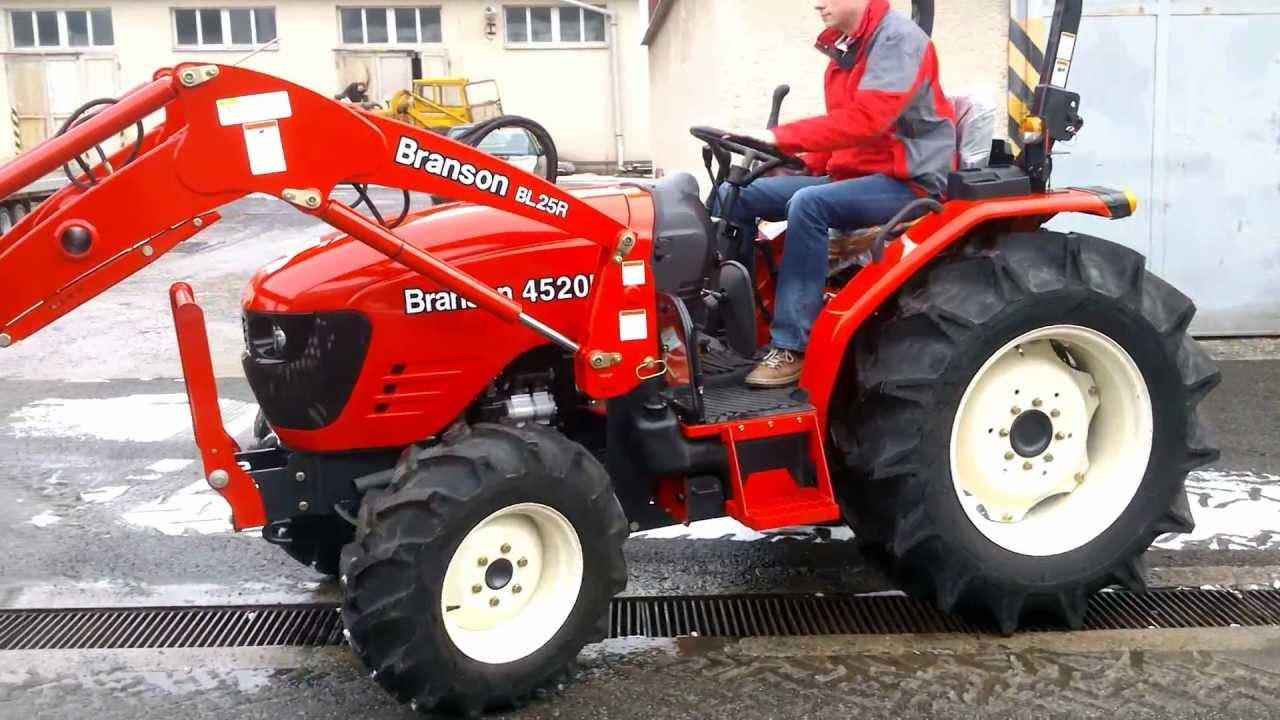 Traktor Branson 4520R - YouTube
