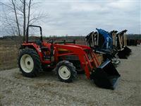 Tractor: BRANSON F3550