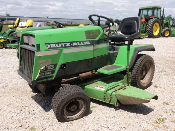 Deutz Allis 918 Ultima lawn & garden tractor