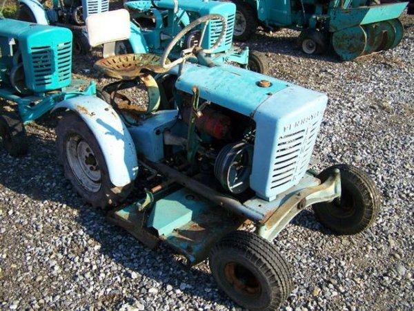 2147: Pennsylvania Panzer Antique Lawn & Garden Tractor
