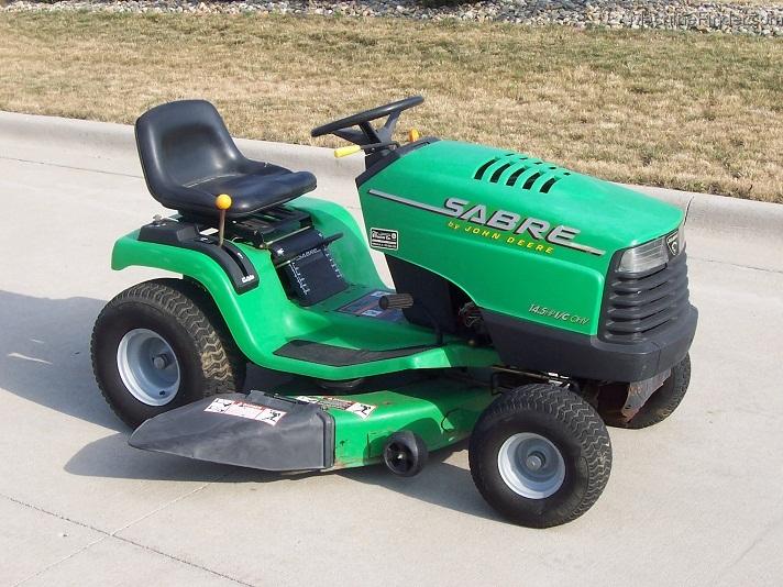 sabre lawn tractors