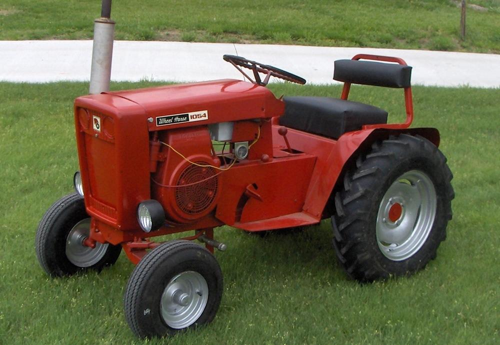 wheel horse lawn tractors
