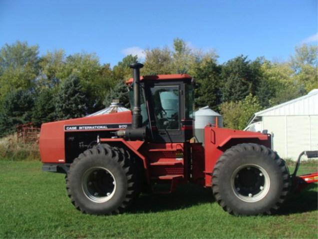 the caseih 9170 4wd 1 owner pictured above with 3562
