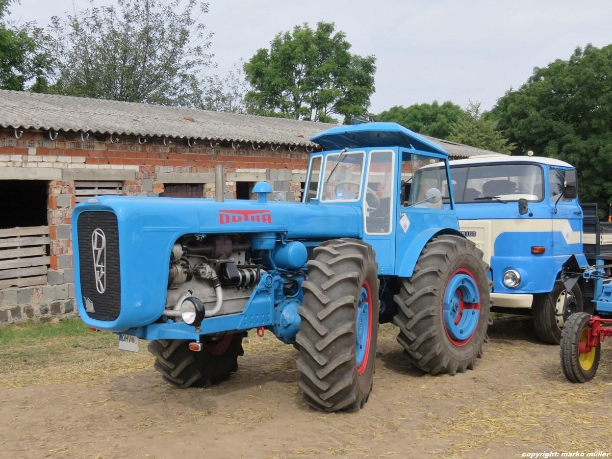 Dutra D4K-B, Baujahr 1966, hergestellt von Traktorenwerk Roter Stern ...