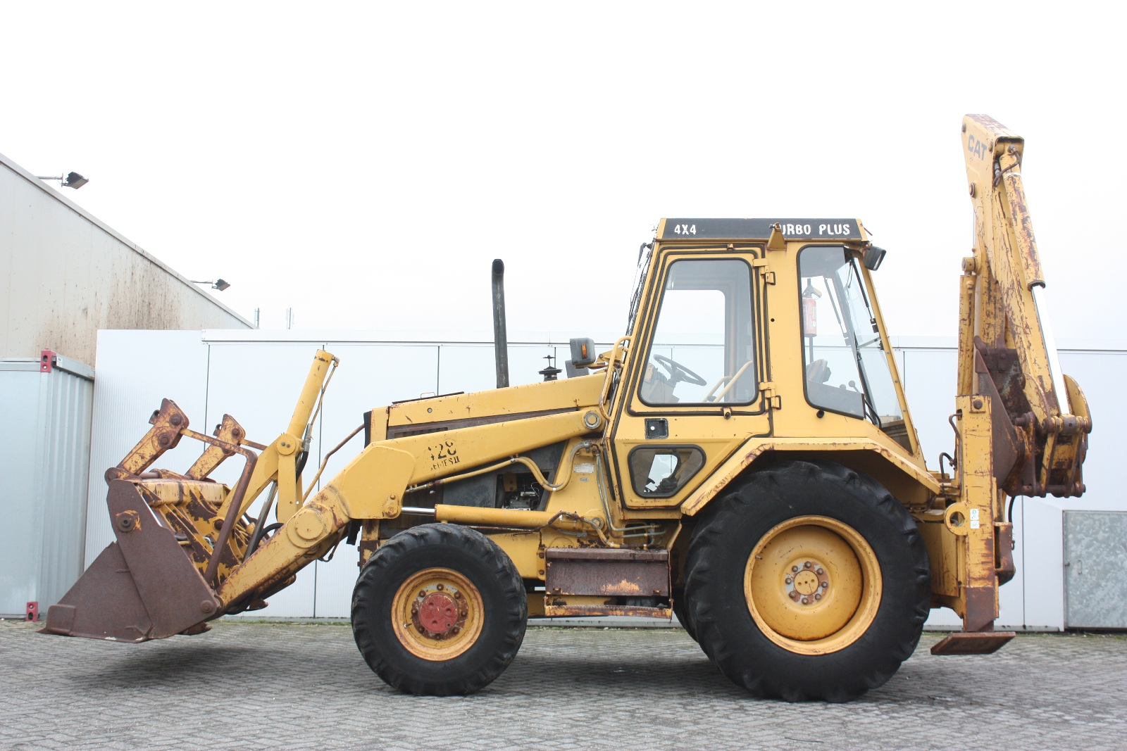 CATERPILLAR 428-II 1989 Loader Backhoe 4 Van Dijk Heavy Equipment