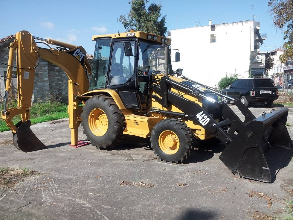 442D 4x4 for sale - Price: $30,355, Year: 2002   Used Caterpillar 442D ...